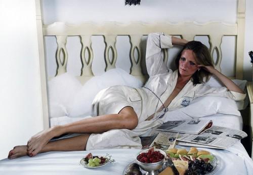 Cheryl-Tiegs-Feet-61352904b1a586b30.jpg