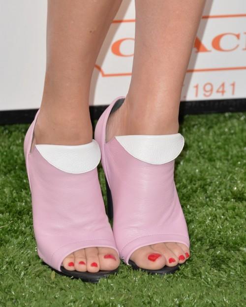 Chloe-Sevigny-Feet-7a81a11d60a9fb0f2.jpg