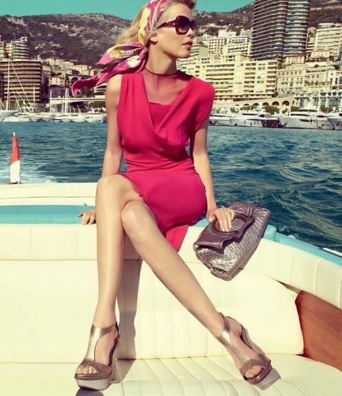 Claudia-Schiffer-Feet-106142b2d9b919ccee.jpg