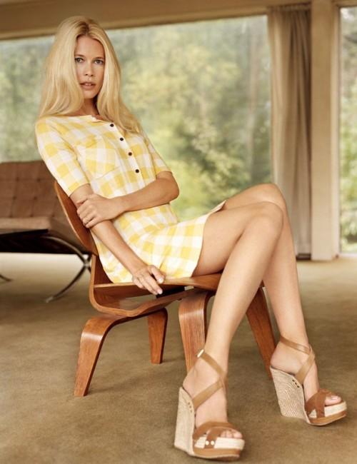 Claudia-Schiffer-Feet-3c60c8fad48310fd9.jpg
