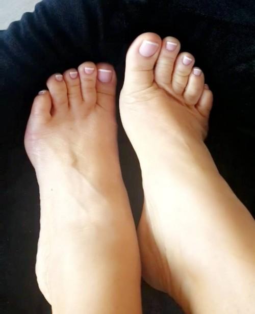 Coco-Austin-Feet-2185a0fcda0d2278cd.jpg