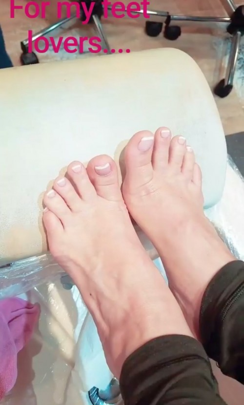 Coco-Austin-Feet-26f29690b457cb0ce2.jpg