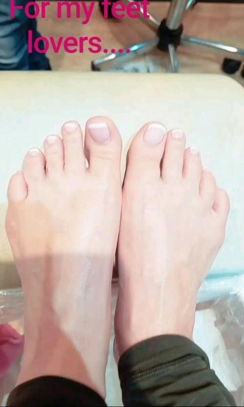 Coco-Austin-Feet-28576cceaf355ccc22.jpg