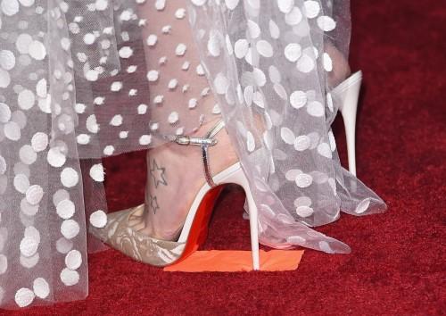 Daisy-Ridleys-Feet-62347f3db9005b6eb1.jpg
