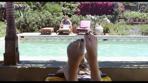 Dakota-Johnson-Feet-283f5e4caa2beb1c3c.jpg