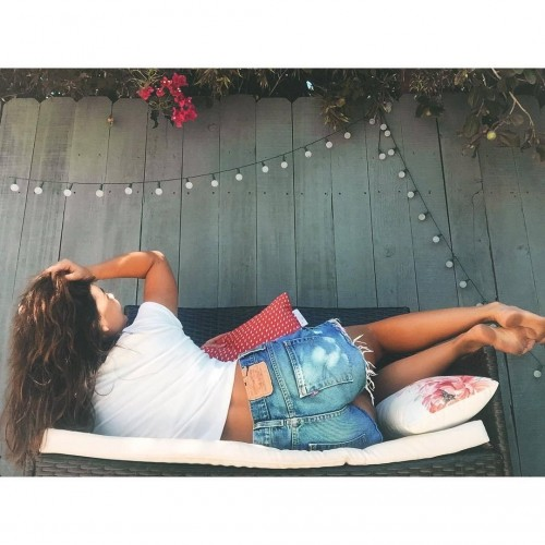 Danielle-Campbells-Feet-616efa5b165c4f99ff.jpg