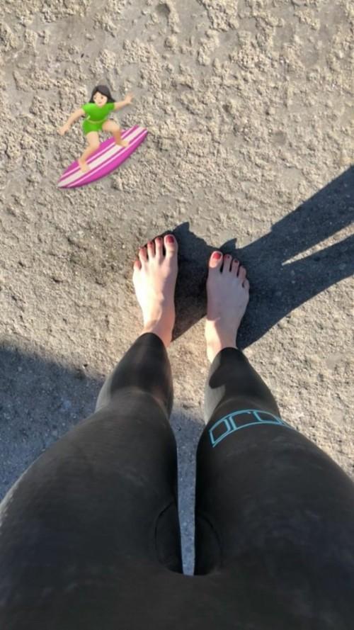 Danielle-Campbells-Feet-7090a4ba1608416844.jpg