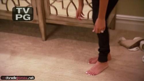 Danielle-Jonas-Feet-3c960bc3e5244f651.jpg
