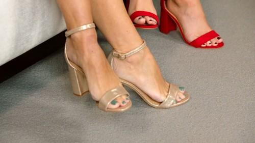 Denise-Van-Outen-Feet-20581892b82cb5f41c.jpg