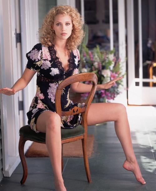 Elizabeth-Berkley-Feet-146590781721e3f66b.jpg