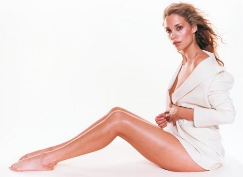 Elizabeth-Berkley-Feet-42ffa6a66a61f7fee.jpg