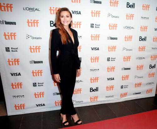 Elizabeth-Olsens-Feet-7430496d05637fb191.jpg