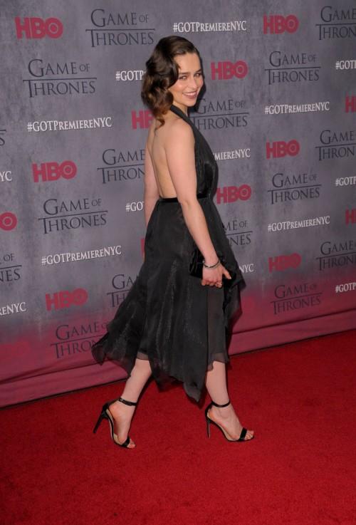 Emilia-Clarkes-Feet-2114dc16a7d897c7b83.jpg
