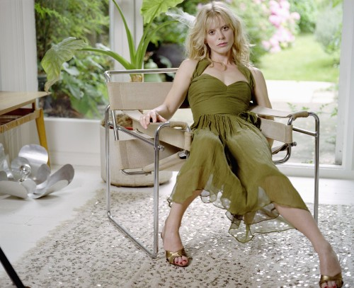 Emilia-Fox-Feet-1e258b58df5bbcd5b.jpg