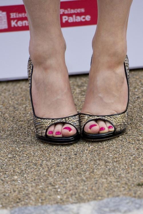 Emilia-Fox-Feet-4ff3438c47930168f.jpg