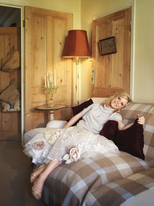 Emilia-Fox-Feet-7ace1051e7c9505d8.jpg