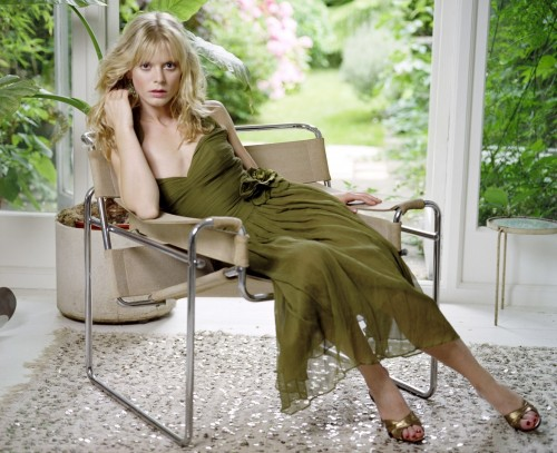 Emilia-Fox-Feet-9fa3da8c29faa6ef3.jpg