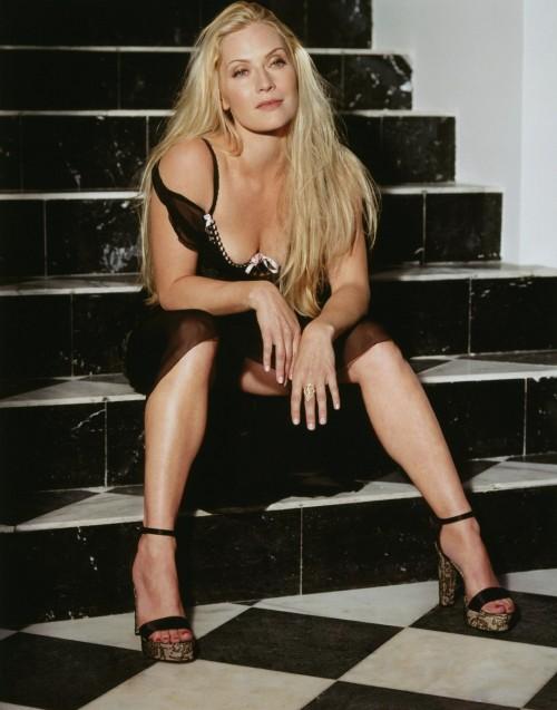 Emily-Procter-Feet-2aebd1a015866fea4.jpg