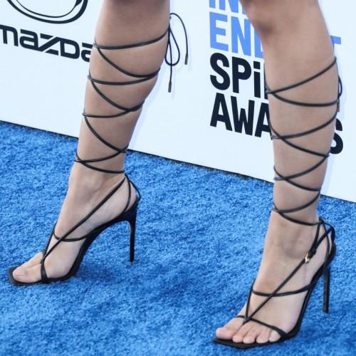 Emily-Ratajkowski-Feet-17aab7cfce27dfef05.jpg