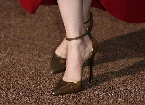 Emma-Stone-Feet-455643721898498f5e3d68c.jpg
