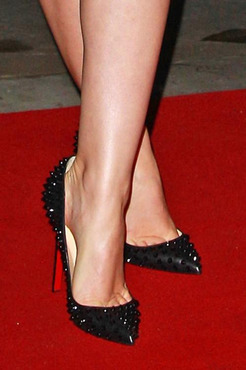 Emma-Watson-Feet-7d34b3632ba5c2cfe.jpg