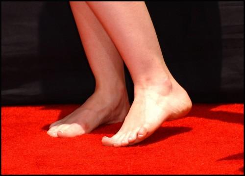 Emma-Watson-Soles-2b8b019e9730116c0.jpg