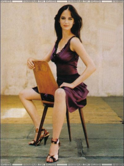 Eva-Greens-Feet-509f33605110520b0a.jpg