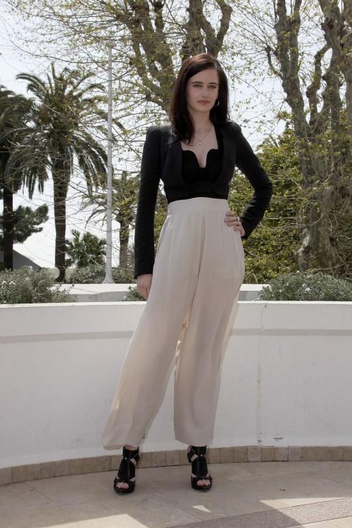 Eva-Greens-Feet-59af0d5c88f07bc9ba.jpg
