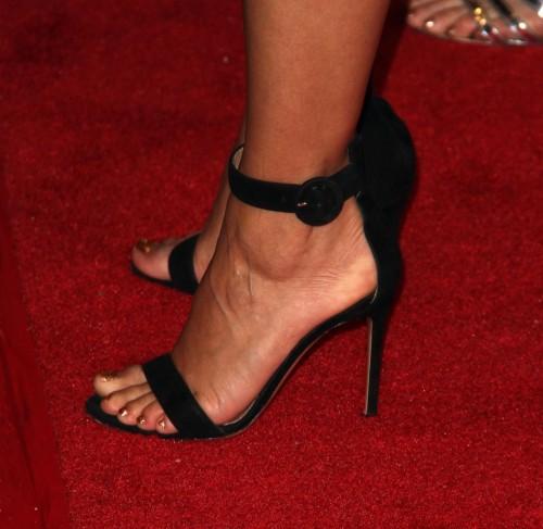Eva-Longoria-Feet-30ca1d7acb0a692671.jpg