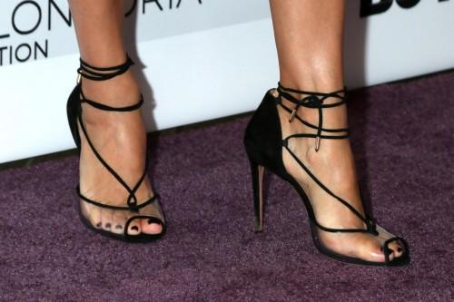 Eva-Longoria-Feet-44a58fbd13dade36b5.jpg