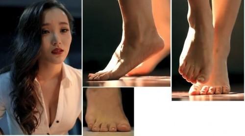 Fann-Wong-Feet-3fca26b81e452cba8.jpg