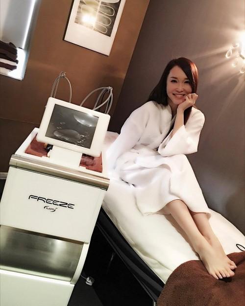 Fann-Wong-Feet-4a355fb634339ad08.jpg