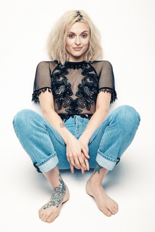 Fearne-Cotton-Feet-1ccd06d3190e84ff2.jpg
