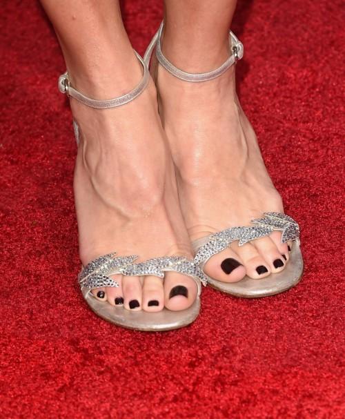 Felicity-Huffman-Feet-9c4c09e3b8d42d7c0.jpg