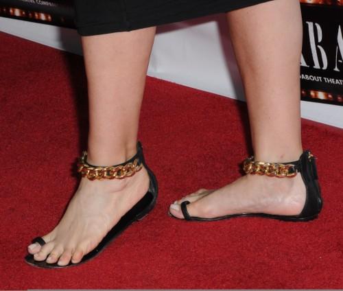 Fran-Drescher-Feet-139f63a1fa61da9355.jpg