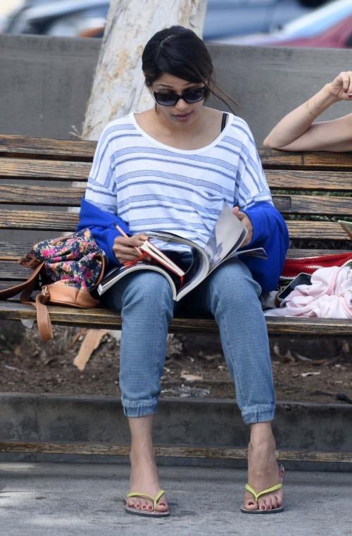 Freida-Pintos-Feet-47c3d936cd35a88706.jpg