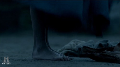 Gaia-Weisss-Feet-1337d52acb524d802f.jpg