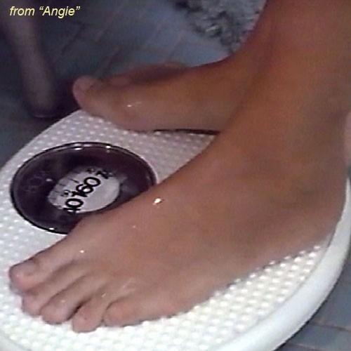 Geena-Davis-Feet-106b324a8dd0a85e12.jpg