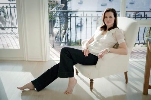 Geena-Davis-Feet-1110b1b7f47e033773.jpg