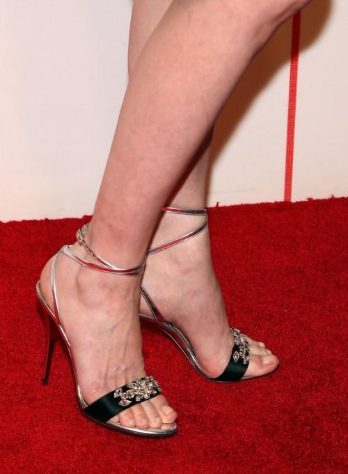 Geena-Davis-Feet-126cd3737a24a050e5.jpg