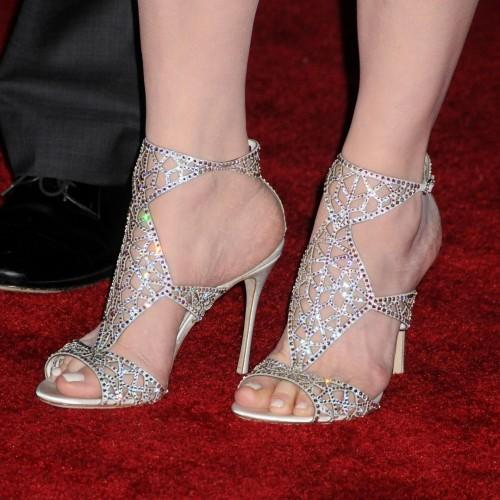 Geena-Davis-Feet-18003965fa7a41ef12.jpg