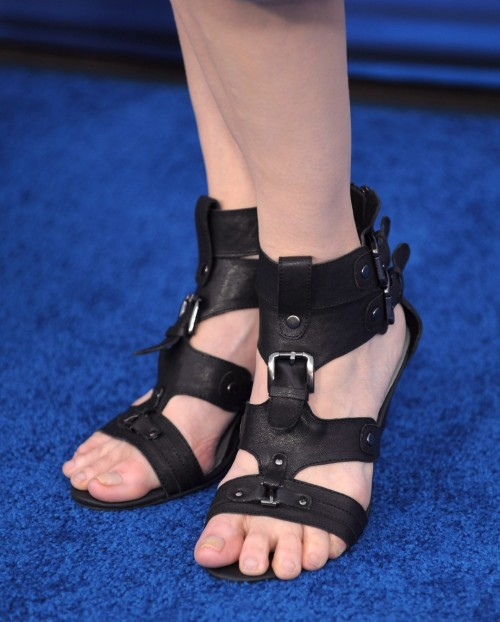 Geena-Davis-Feet-7b4de6b0f250b1621.jpg