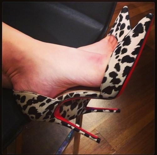 Giada-De-Laurentiis-Feet-313cd66e7ce69966e4.jpg