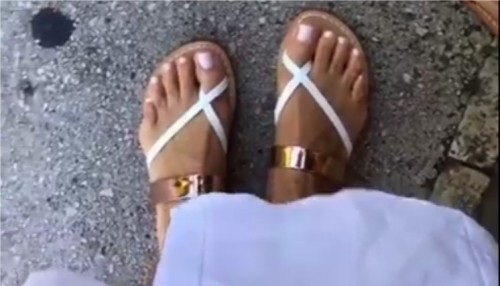 Giada-De-Laurentiis-Feet-347b98829ffd16acfc.jpg