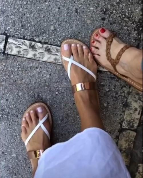 Giada-De-Laurentiis-Feet-3698e5e9d4247f9a1a.jpg