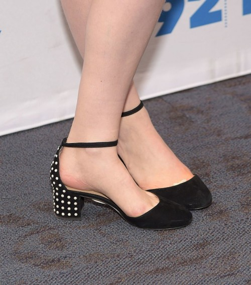 Gillian-Jacobss-Feet-649da63a74f947b59e.jpg