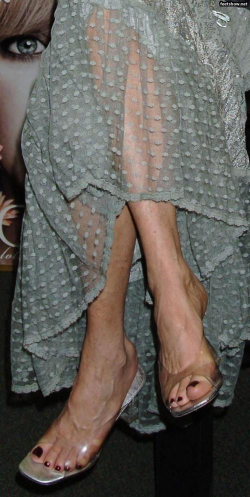 Goldie-Hawn-Feet-30a870c1f25e31c3e.jpg