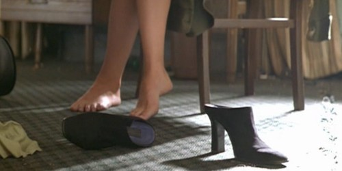 Gwyneth-Paltrow-Feet-599b6cb3df65bfc2a.jpg