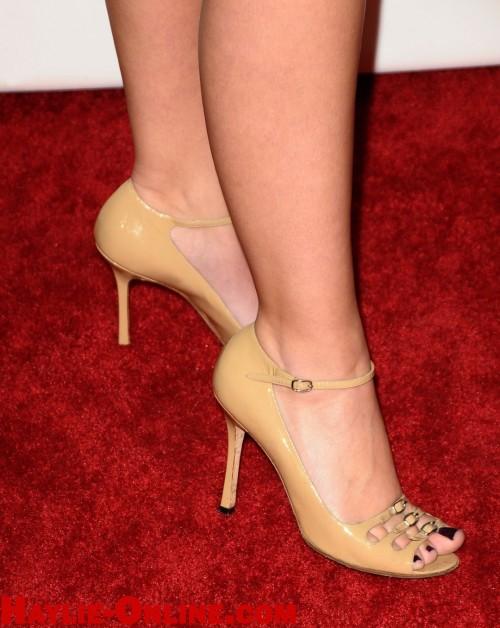 Haylie-Duff-Feet-13cf8e91192cfb22fa.jpg