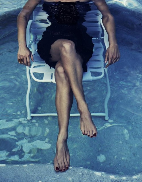 Hilary-Swank-Feet-9ca15d5415beed237.jpg